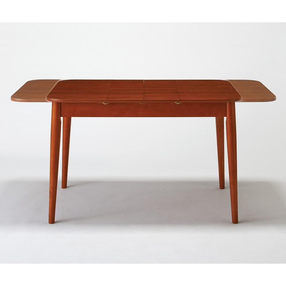 ウォールナット伸長式ダイニング ダイニングセット 伸長式テーブル お得な3点セット 伸長式テーブル・幅110・150cm+ファブリック回転チェア2脚組 天板のサイズが大きくなります。幅110cmから150cmに伸長。