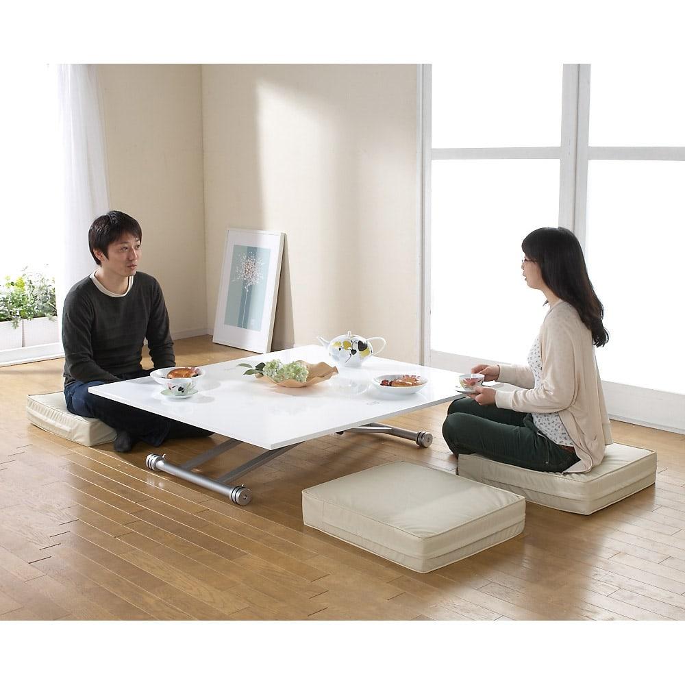 伸長式ガス圧昇降テーブル 幅120(天板110)cm 天板伸長時(ア)ホワイト 座卓として、お客様とのパーティにも。大人数でも使用できます。※蝶番はクロムメッキ(シルバー)になります