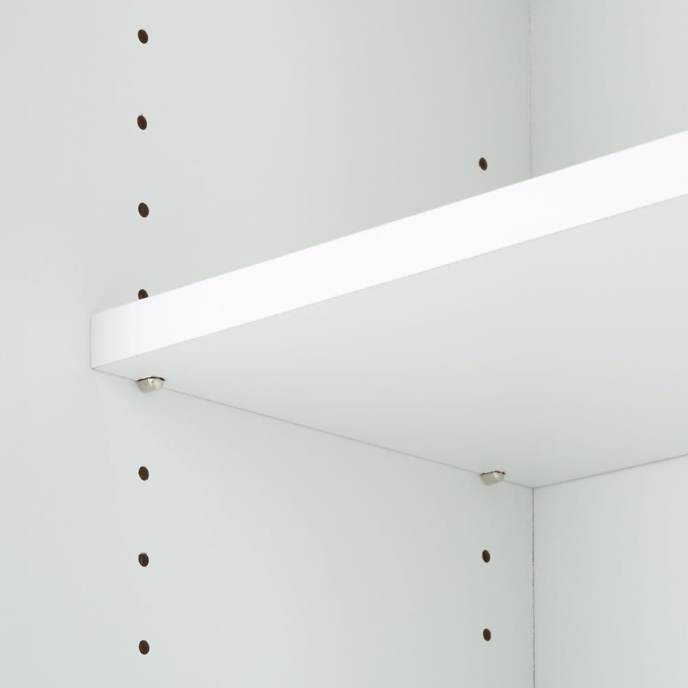 ソファ後ろ引き戸収納ラック 幅120cm 可動棚板は3cm間隔で変えられます。
