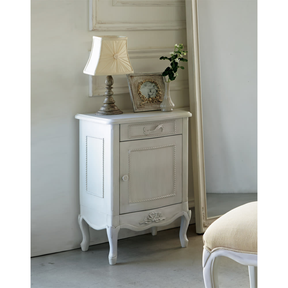 シャビーシック ホワイト フレンチ収納家具シリーズ サイドチェスト 玄関先の小物収納としてもお使いいただけます。