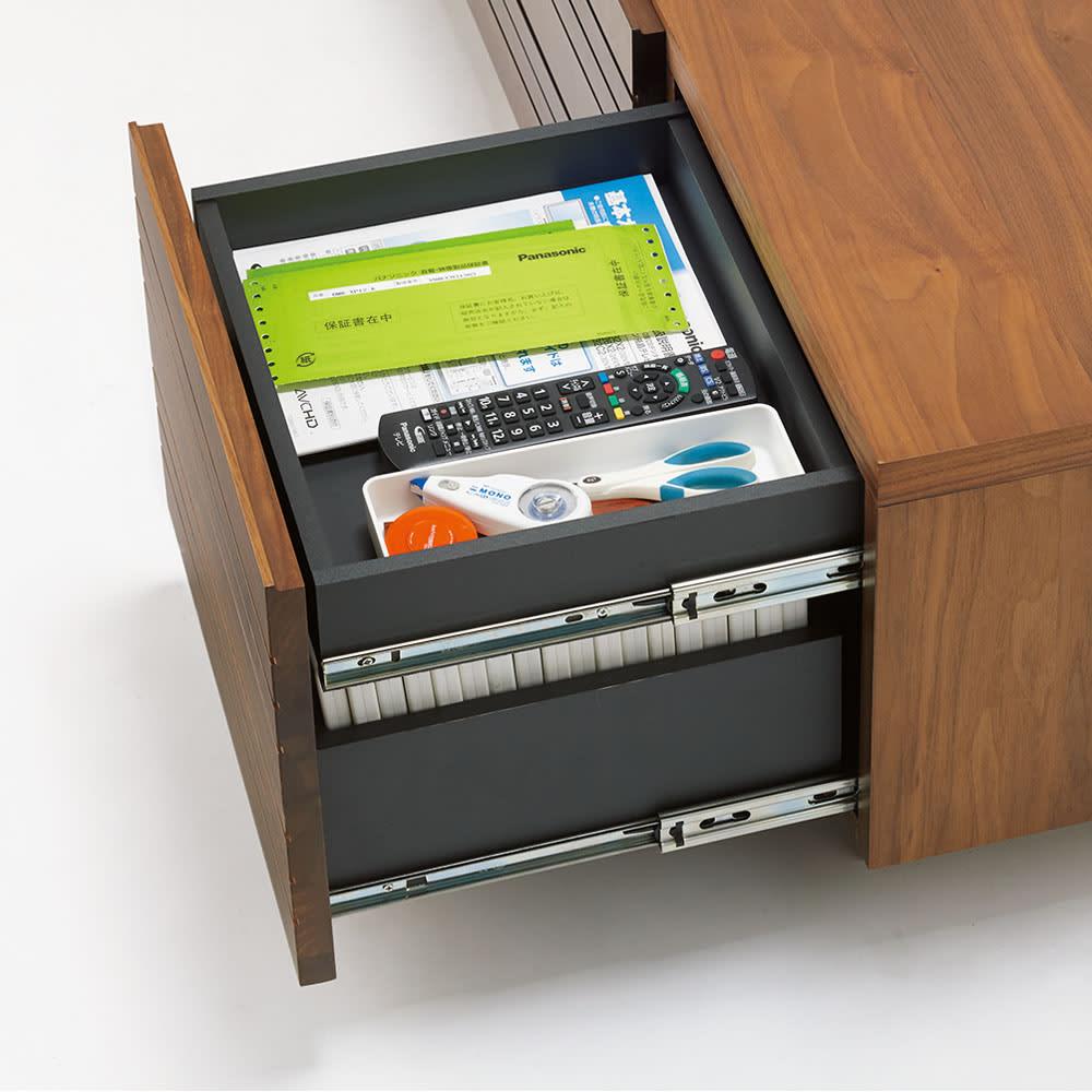 天然木無垢材のテレビ台シリーズ ウォルナット天然木 テレビ台・幅180cm 小引き出しは、2杯つき。リモコンや文具などの収納に便利。有効内寸:幅32cm 奥行27cm 高さ6cm 側板高さ6.5cm