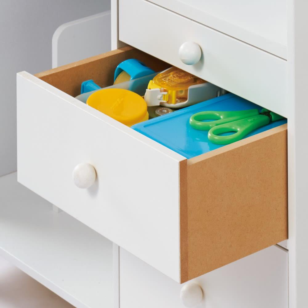 回して隠せるラック 引き出し付きラック 引き出しで小物をお片づけ。