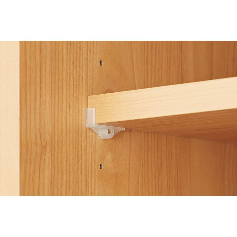 組立不要 アルダー引き戸頑丈本棚 幅120.5cm ロータイプ 棚板は棚落下軽減ダボでしっかり固定。