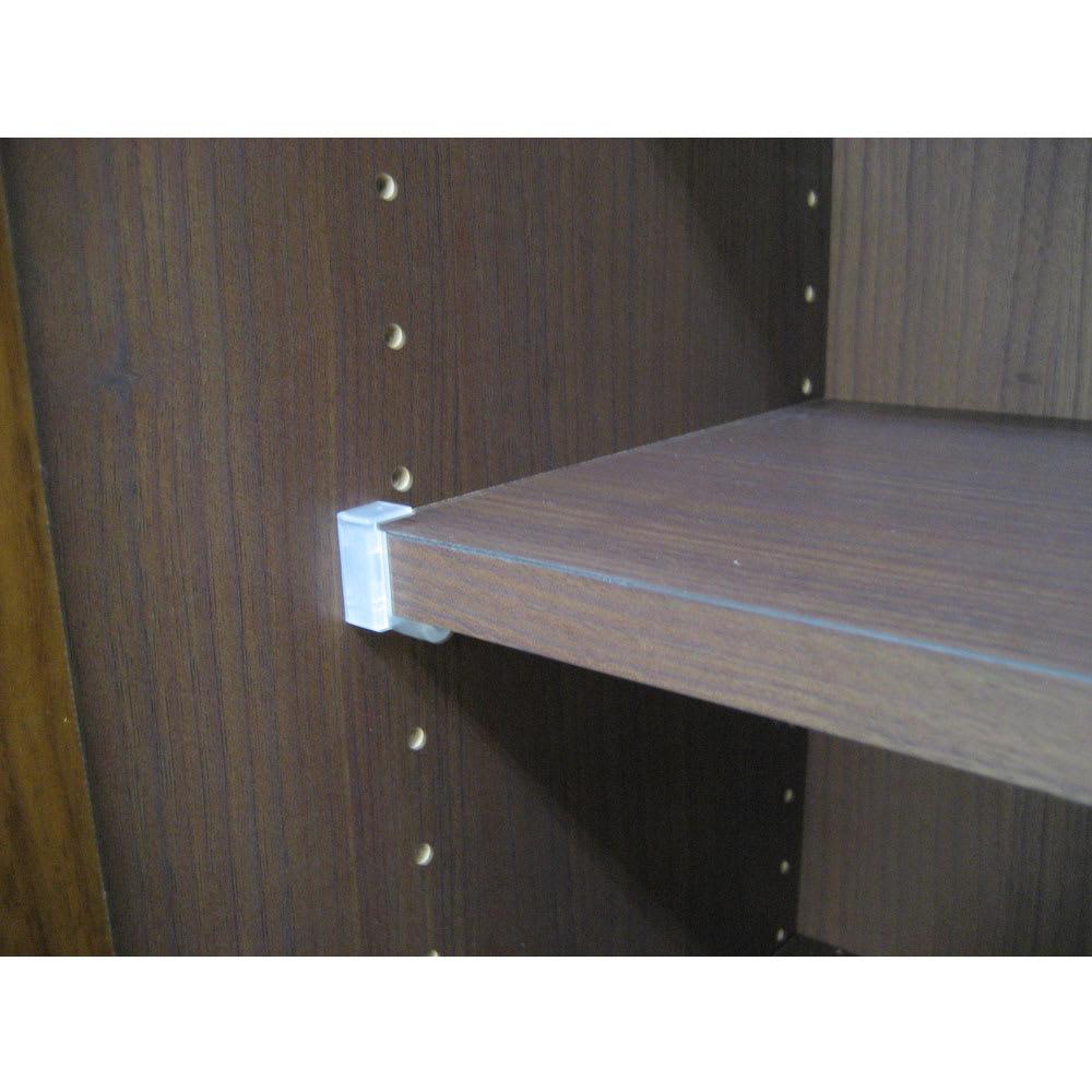 工夫満載!壁面書棚(本棚)リフォームユニット 幅80奥行44高さ180cm 棚板は3cmピッチで調節可能。