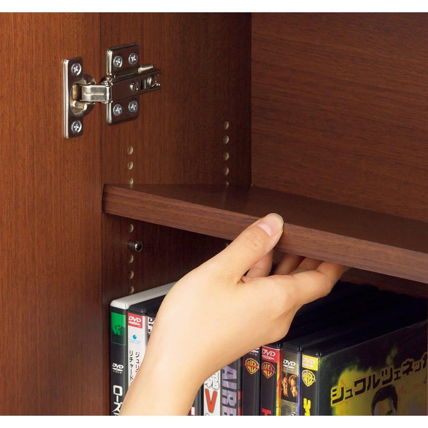 1cmピッチ薄型窓下収納庫 【幅115奥行31.5cm】 棚板は1cmピッチで可動。ムダなく収納できます。