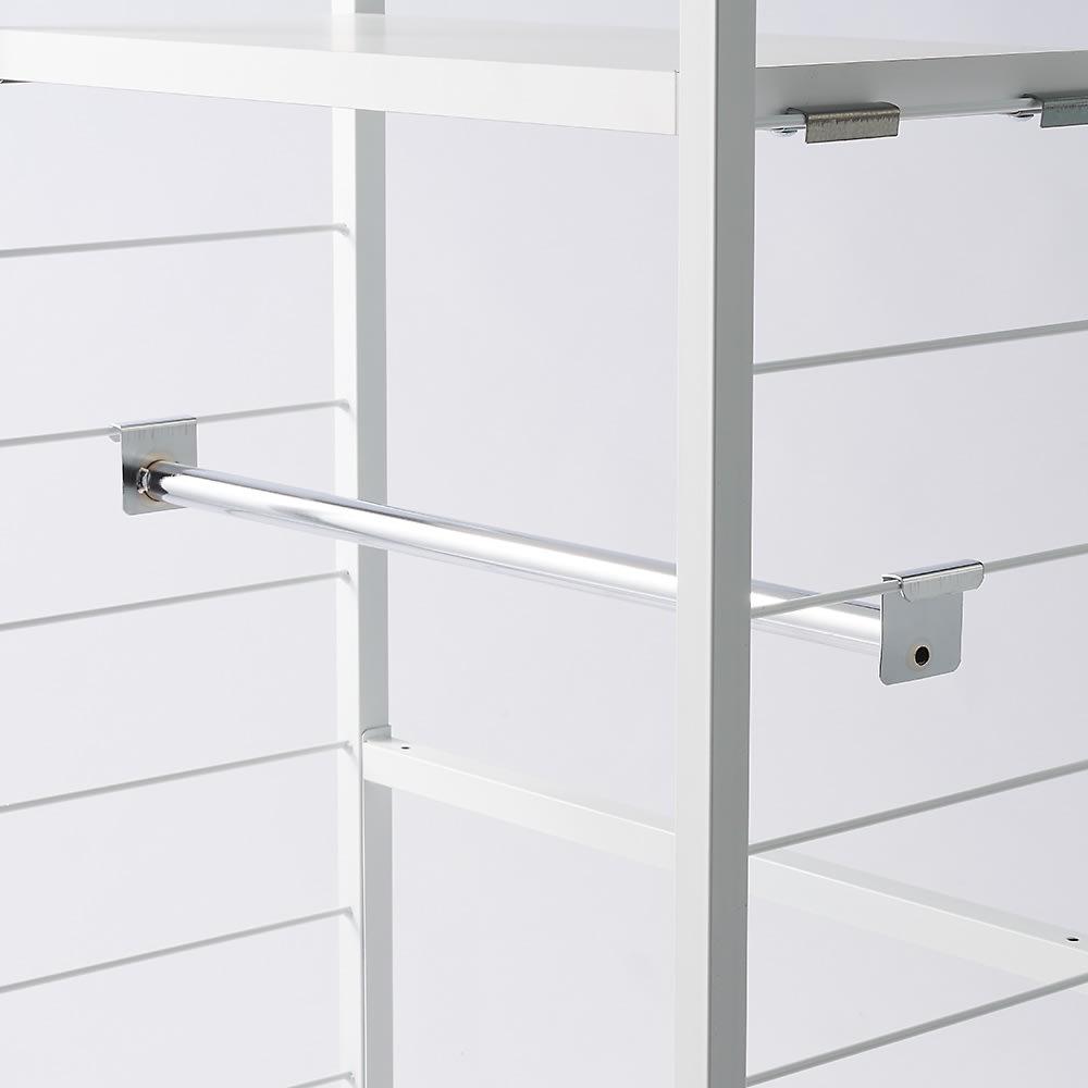 突っ張り式カスタムオープン ワードローブ ハンガー1段&棚3枚 幅91cm 棚板もハンガーバーもサイドバーに引っ掛けるだけ!収納したいものサイズに合わせて都度簡単に変更できるのがうれしい!