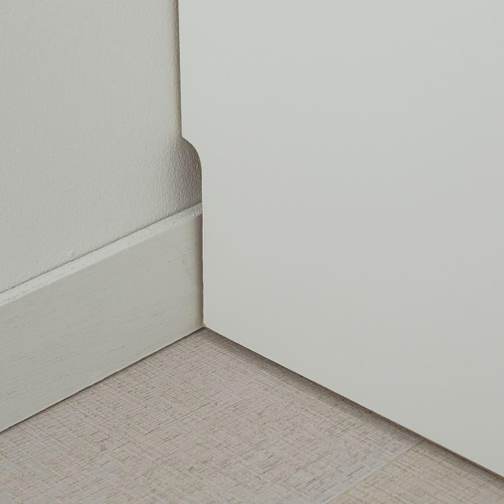 【日本製】色は14色展開!幅が1cm単位でオーダーできるサイズオーダーチェスト 5段(高さ107cm) 幅25~80cm 幅木カット(9×1cm)で壁にぴったり設置配線も逃がせます。