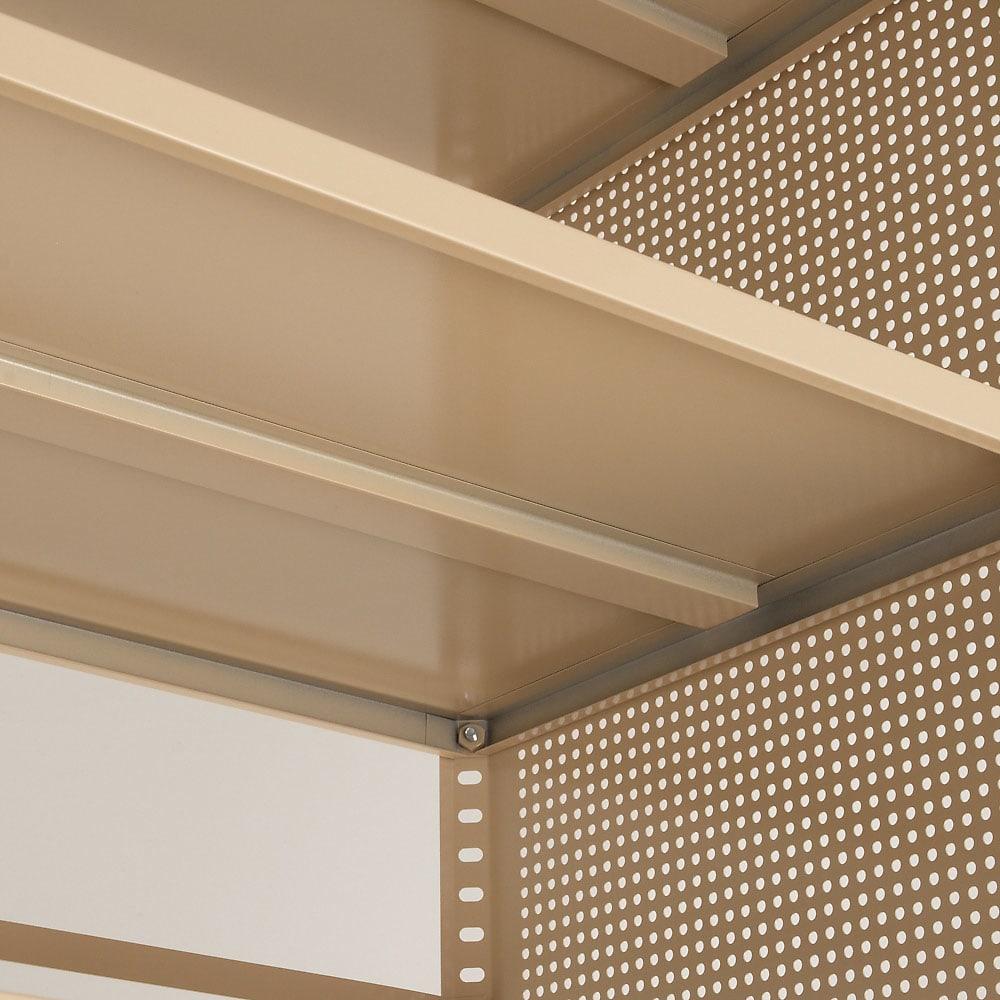 組み立て簡単 頑丈パンチングワゴン パンチングメッシュタイプ 幅43.5奥行55.5高さ64.5cm 棚板裏面の中央を補強し強度UP!