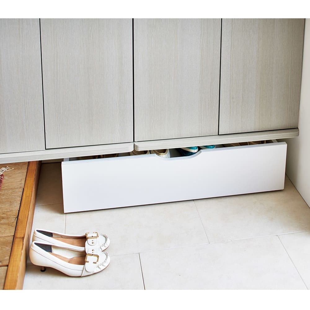 【日本製】下駄箱下木製シューズワゴン ハイ(高さ30cm) 幅100cm コーディネート例(イ)ホワイト ※写真はロー幅80cmです。