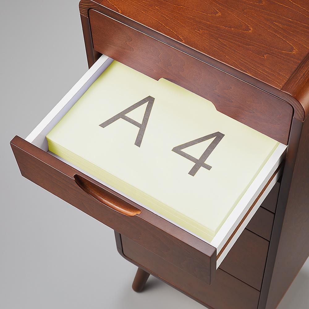 曲木風エントランスチェスト A4サイズの書類も入ります。