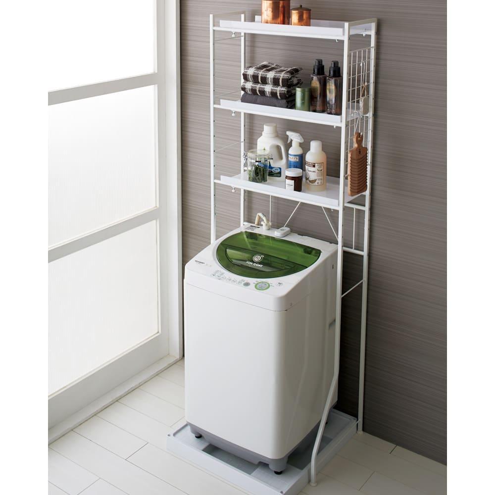 まるでホテル 透き通る棚板のスタイリッシュランドリーラック 棚3段 (イ)ホワイト 「洗面所に収納が足りない」とお悩みの方におすすめのディノスで人気の洗濯機ラックです。