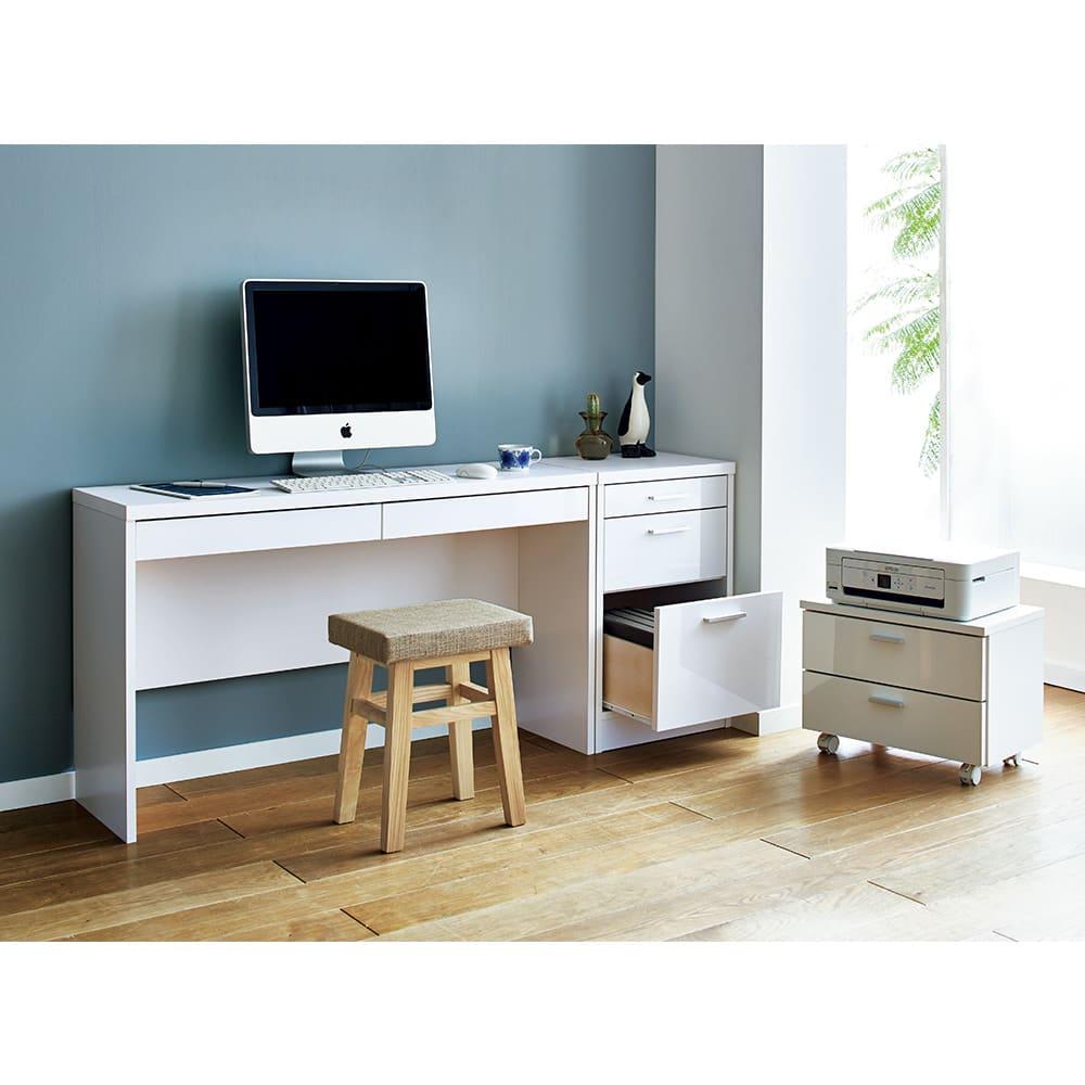 奥行35cm薄型ホームオフィス デスク横チェスト 幅45cm コーディネート例(ア)ホワイト ※お届けはデスク横チェストです。