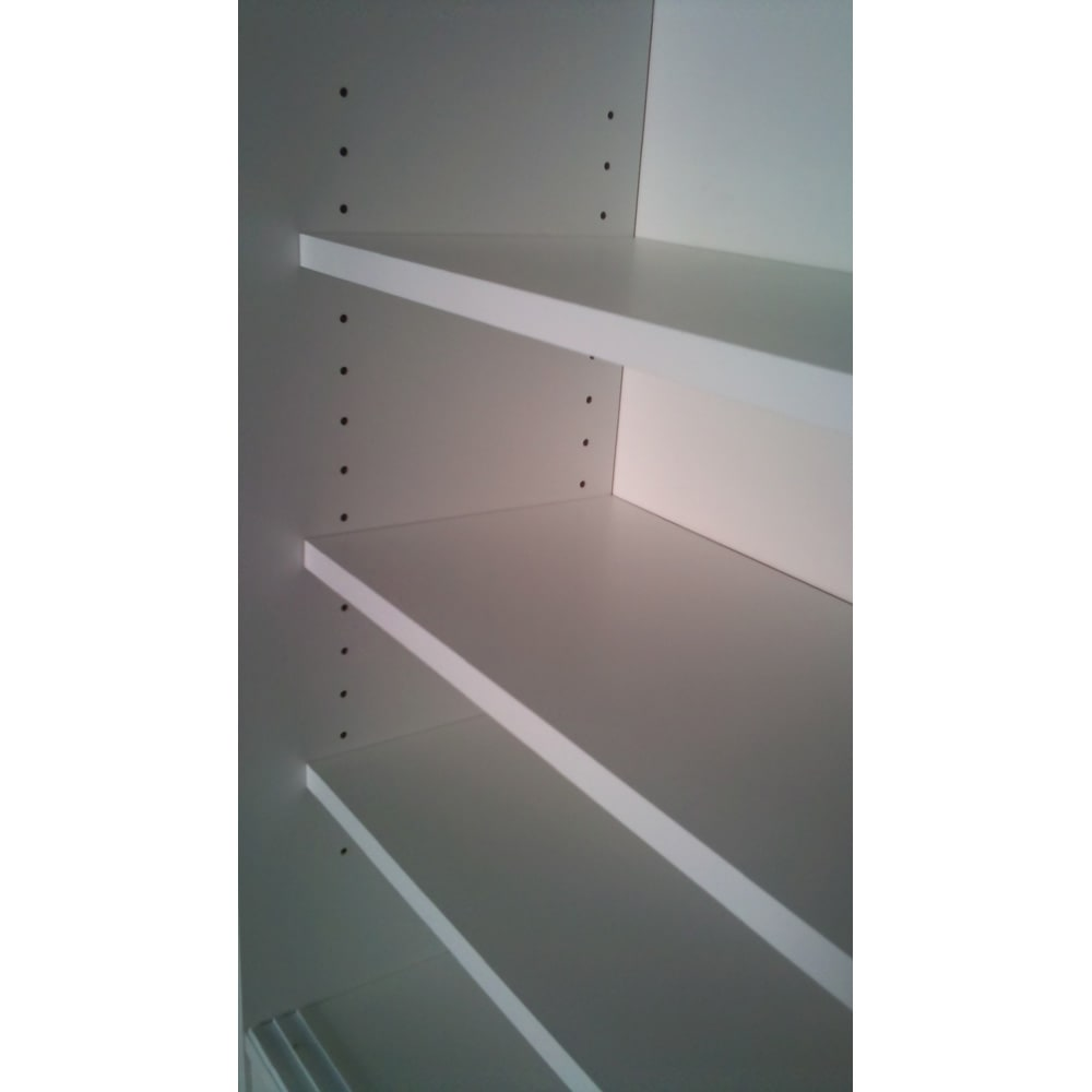 ストレートライン カウンター下引き戸収納庫 幅90 奥行30cmタイプ 可動棚は3cm間隔調節、17段で調節可能です。  ※棚板奥行(有効)内寸:23(23.5)cmです。