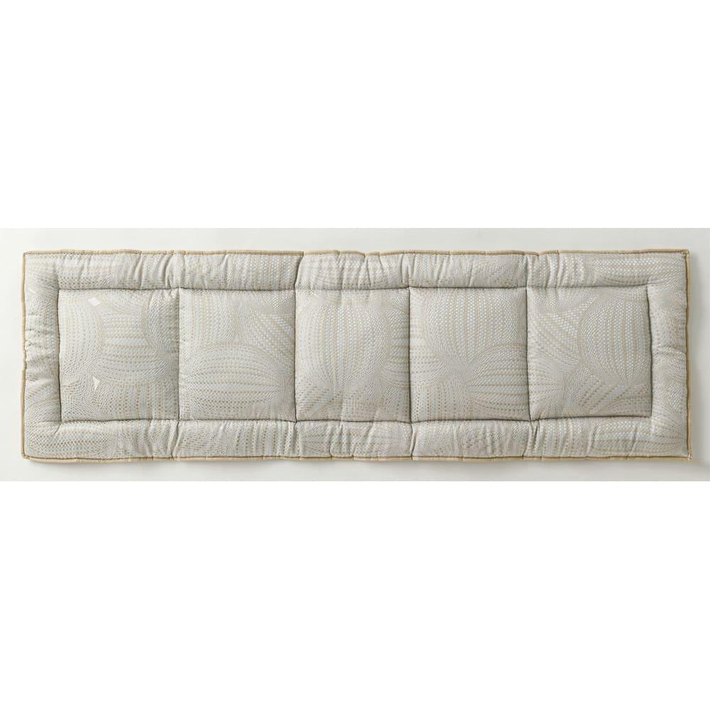 スペイン製ジャカード織りシートクッション (ア)ベージュ系・表(写真は約48×150cm)