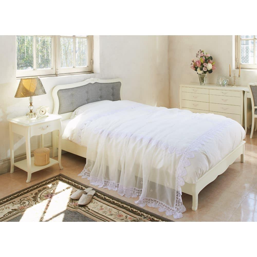 エレガントラインシリーズ ベッド(ベッドフレームのみ) コーディネート例 ※写真はセミダブルサイズです。