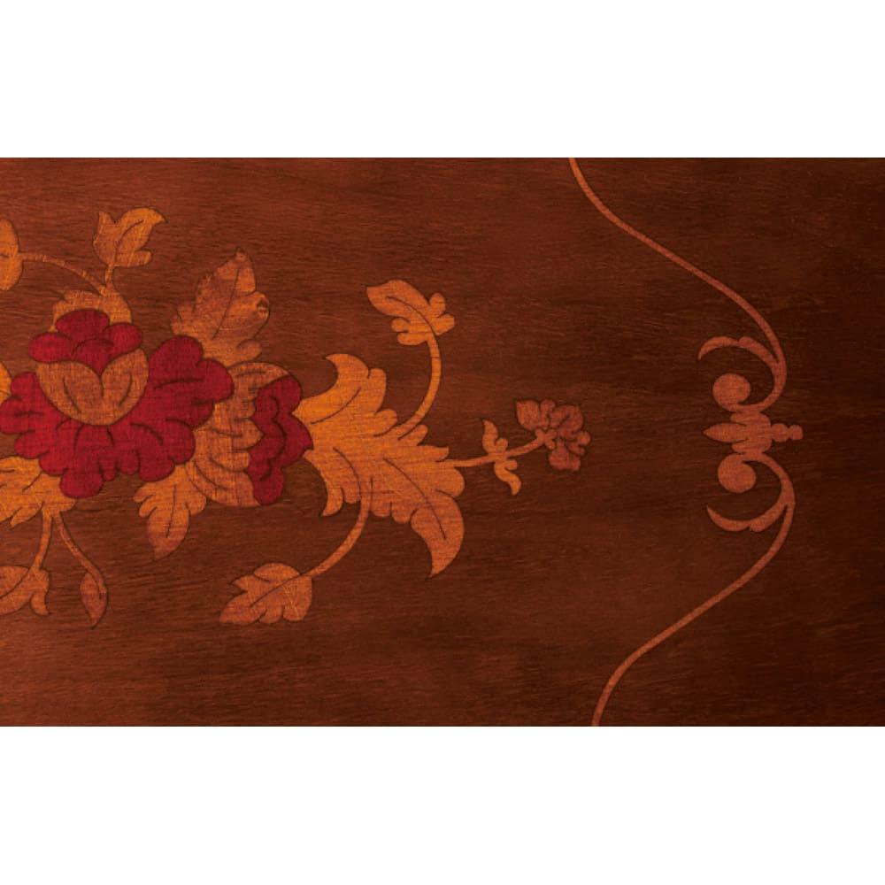 イタリア製玄関シリーズ 花台 精緻な象がん細工が天板に施されています。