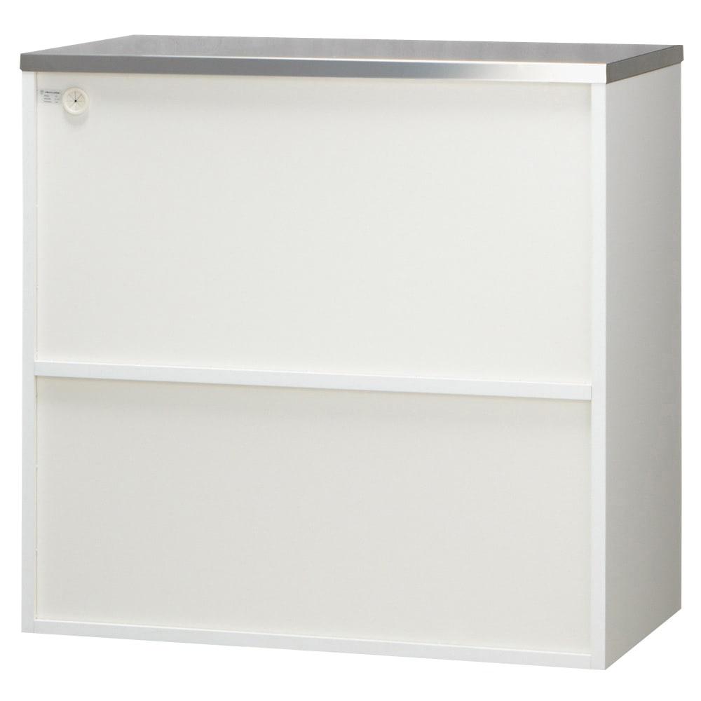 収納物を考えたキッチンカウンター ロータイプ(高さ85cm) 幅88.5cm 背面も化粧仕上げです。