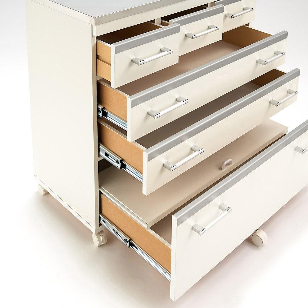 収納しやすいステンレストップカウンター 家電収納タイプ幅118cm フルスライドレール採用(小引き出しを除く)※写真は幅89cm引き出しタイプです。