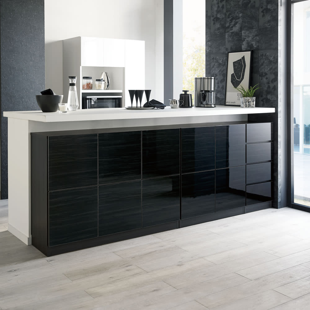 スクエア光沢木目カウンター下収納  1列2マス 幅40cm奥行34cm 《コーディネート例》キッチンカウンター下のデッドスペースを、作り付けのような収納スペースにプチリフォームできます。