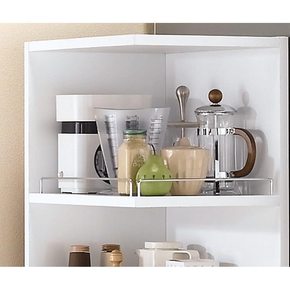 取り出しやすい2面オープンすき間収納庫 奥行55cm・幅20cm ものが出し入れしやすい前横オープン。