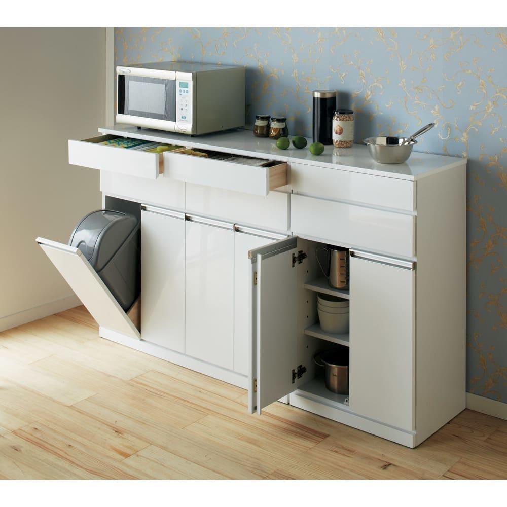 光沢仕上げ腰高カウンター収納シリーズ キッチン収納庫 幅109.5cm ※写真は(左)ダストボックス4分別タイプ、(右)収納庫幅55.5cmタイプです。