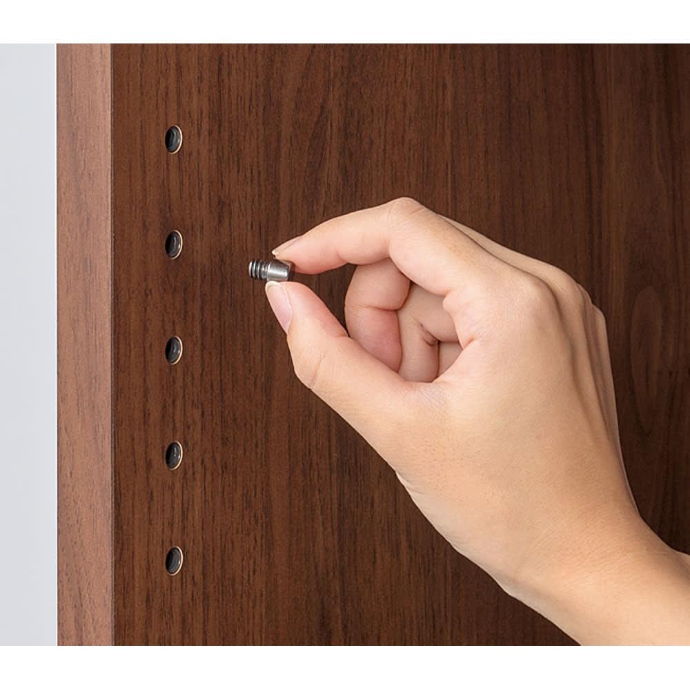 L型で使える伸縮スイングデスクキャビネット 幅130~230cm 棚板はネジ込みダボで安定。3cmピッチ可動式です。