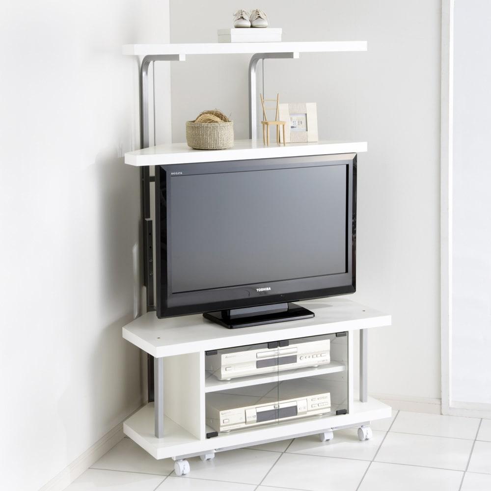 テレビ上の空間を有効活用できるシリーズ コーナー用テレビ台 幅90cm・棚2段 (イ)ホワイト ※テレビは32インチ液晶テレビを載せています。