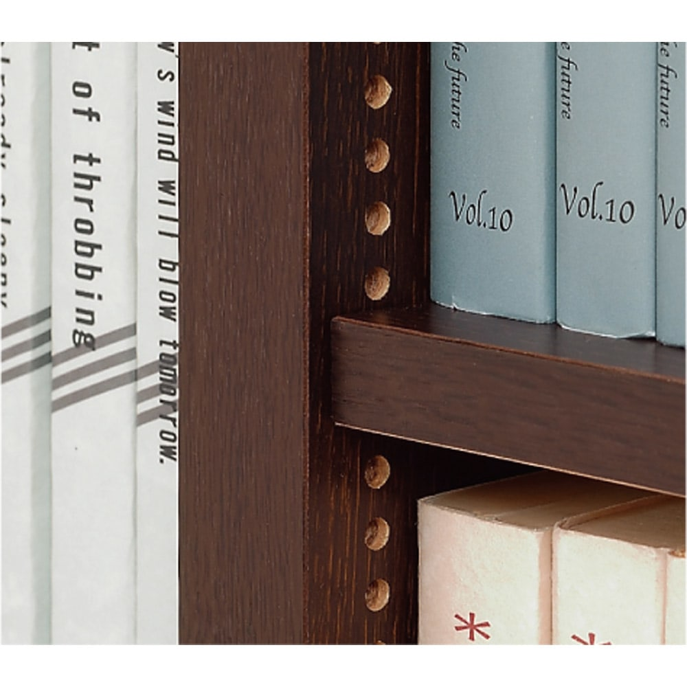 1cmピッチ薄型壁面書棚 奥行29.5cm 幅82cm 高さ180cm 扉 棚板は1cmピッチ間隔で調節、どんなサイズの書籍もぴったり収納できます。