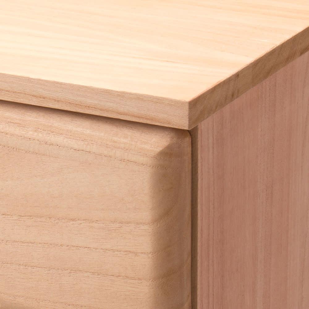 柿渋仕上げの総桐モダンチェスト 幅100cm奥行44cm・7段 天板、側板も桐天然木で美しい仕上がり