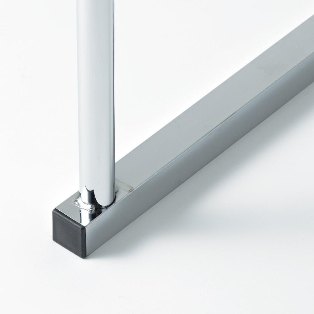 幅と高さが伸縮する 頑丈押し入れハンガー 半間用 幅60~100cm しっかりとしたスチール製パイプ。耐荷重70kgの頑丈さです。