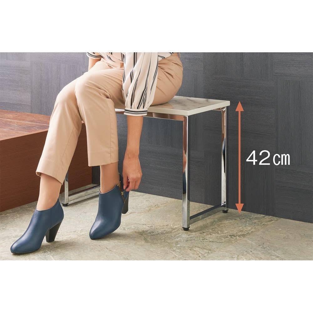 大理石柄 玄関ベンチ&踏み台 お得なセット ベンチなら脱ぎ履きラクラク。