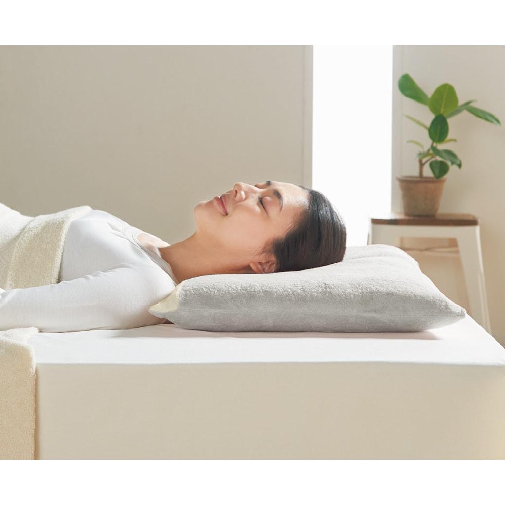 ベッド 寝具 布団 枕 抱き枕 低め(ストレートネックのための枕(カバー付き)) 504118