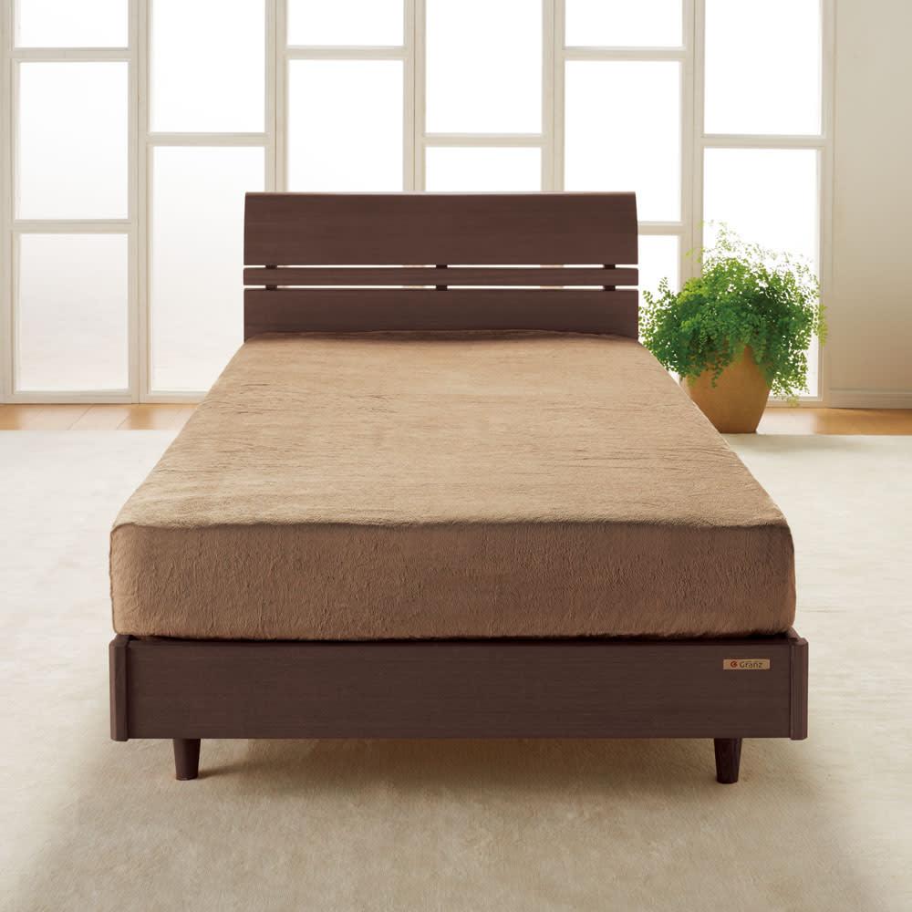 シアバター加工マイクロファイバーシーツ&カバー ベッドシーツ (イ)ライトブラウン  ベッドシーツ なめらかタッチの癒し系シーツ。ベッドに入った時の「ヒヤッ」を防ぎます。
