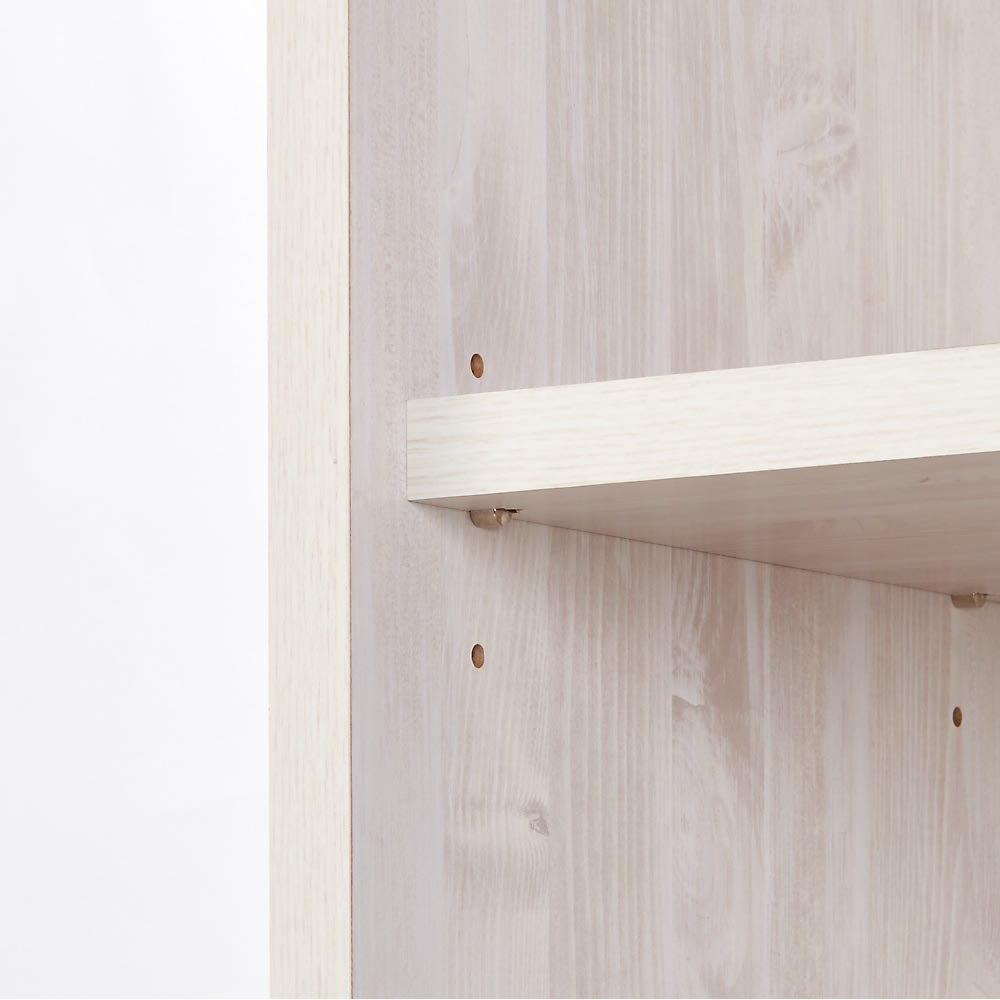 ネコ用トイレやベッドを置けるスペース付き リビング収納庫 幅60.5cm奥行45.5cm高さ180cm 可動棚は3cm刻みで3段階に高さ調節可能。