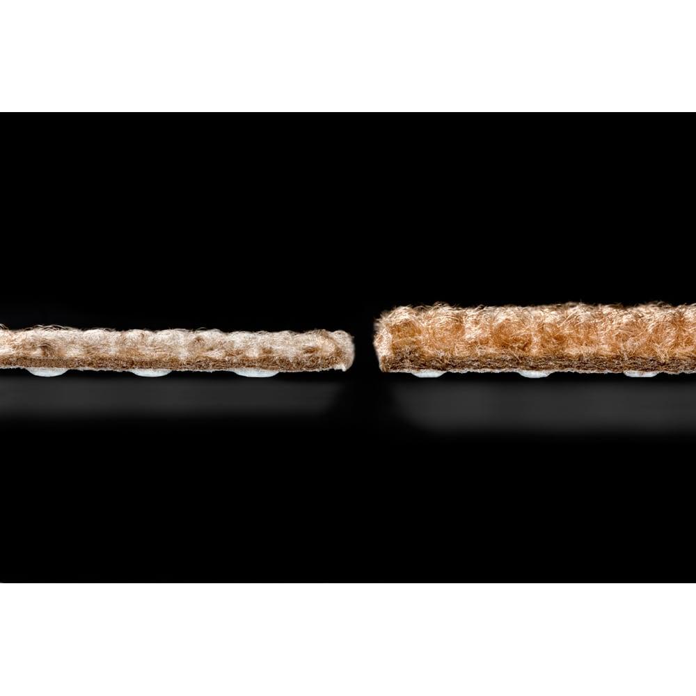 カテキン消臭&はっ水 おくだけ吸着タイルマット アレル物質対策タイルマット(30×30cm) 同色9枚組 撥水・招集機能はそのままに、厚さ5mmと厚みアップで足への衝撃もより緩和します。(※写真右側がお届けの商品です)