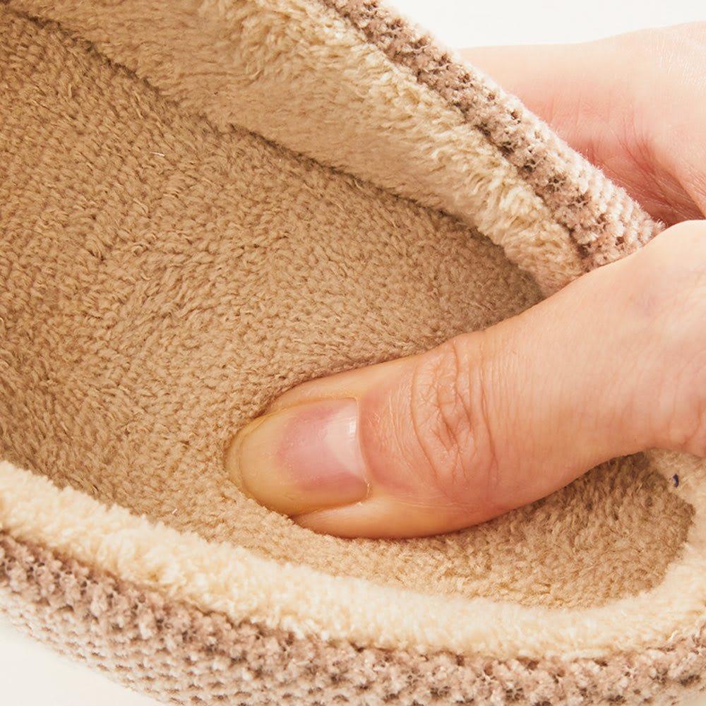 バイデワン スリッパ単品 温かでふわふわな肌触りのカットパイル生地。