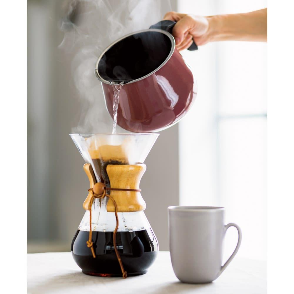 WMF ミネラルマルチポット 注ぎやすく液だれしにくい構造なのでコーヒードリップも。コーヒーの風味にも違いがでます。