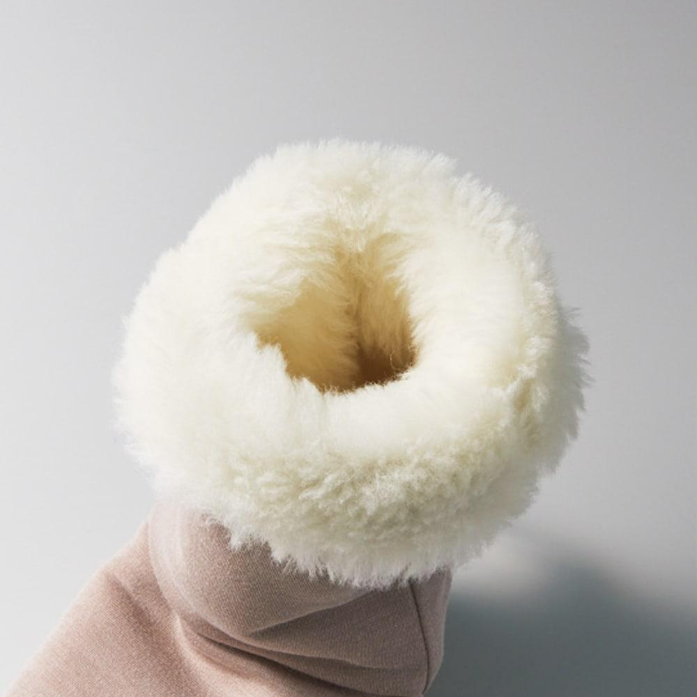 【メリノン】洗えるふくらはぎまで暖める やわらかロングブーツ 足の入り口からつま先までたっぷりの羊毛で温めてくれる贅沢な仕立て。