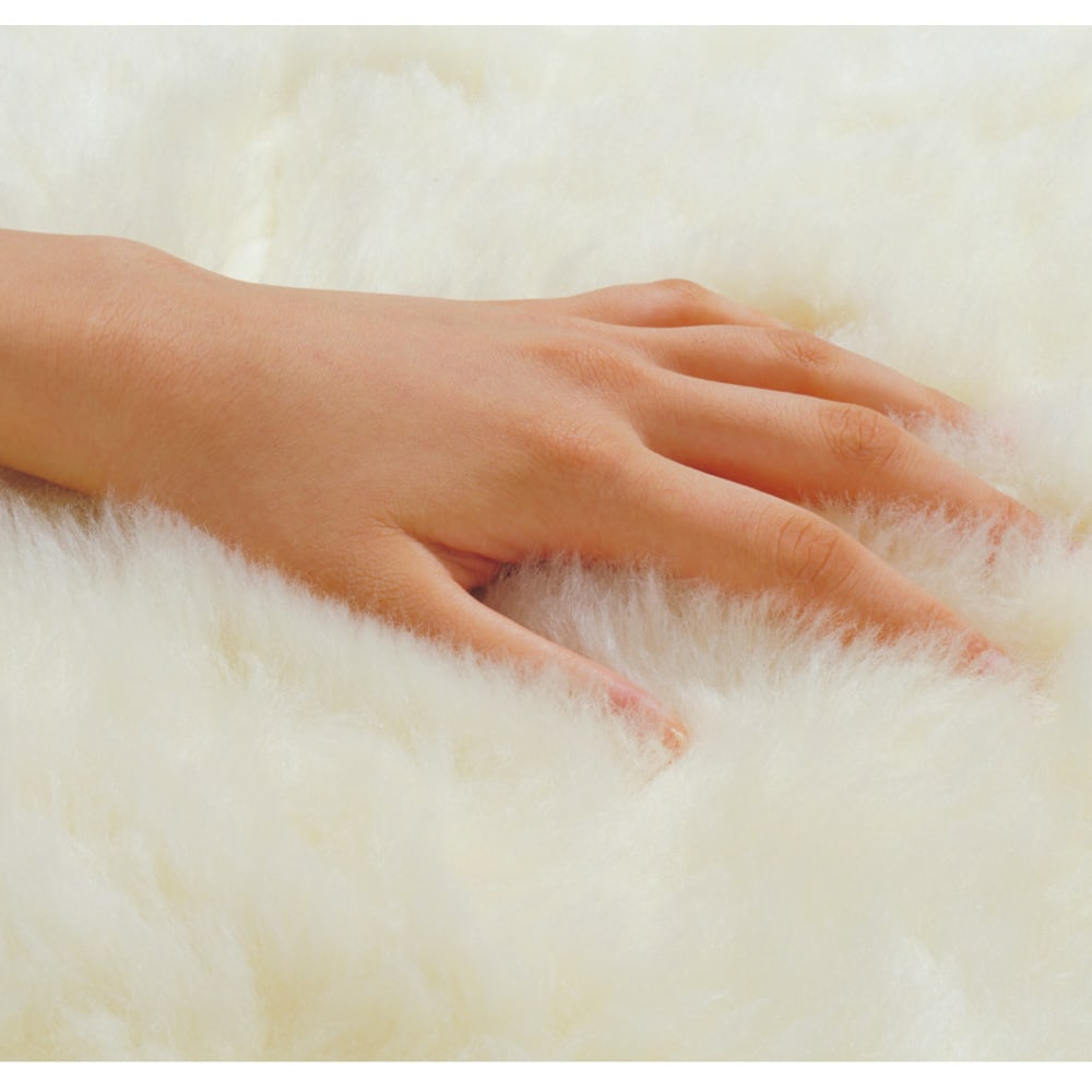 癒しの羊毛【メリノン】 洗えるふかふか毛布シリーズ 敷き毛布 【毛足アップ】たっぷりの長い毛足に包まれてふんわりぬくぬく、快適な寝心地。