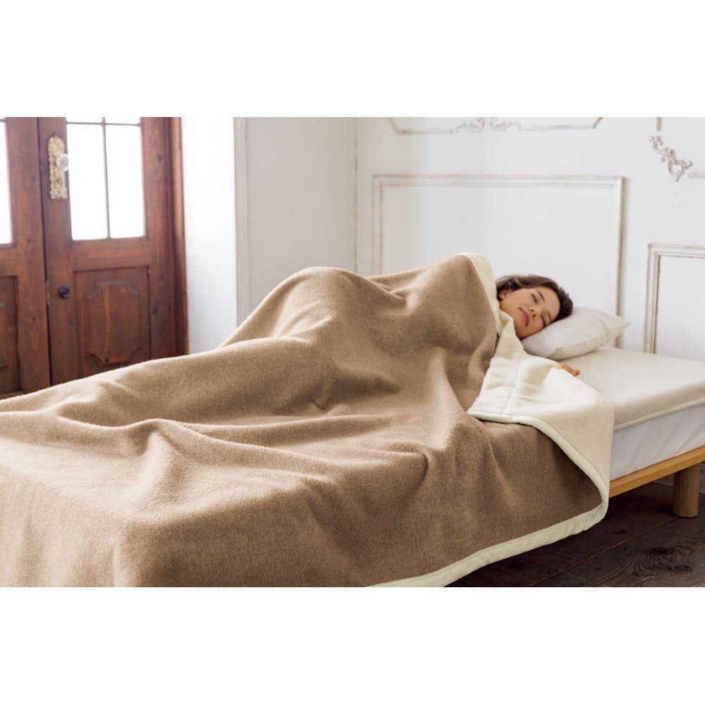 洗える無染色カシミヤ毛布(毛羽部)  ホワイトカシミヤ使用お得な掛け敷きセット