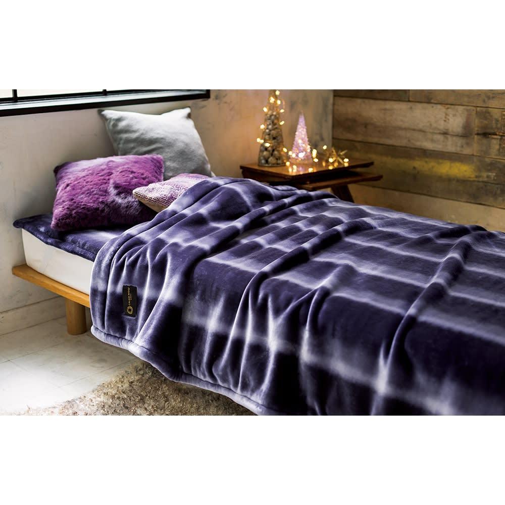 カルドニード(R) ノッテII 毛布 お得な掛け敷きセット (イ)パープル系 お得な掛け敷きセット 毛布の風合いにマッチした、上品でエレガントなパープル。