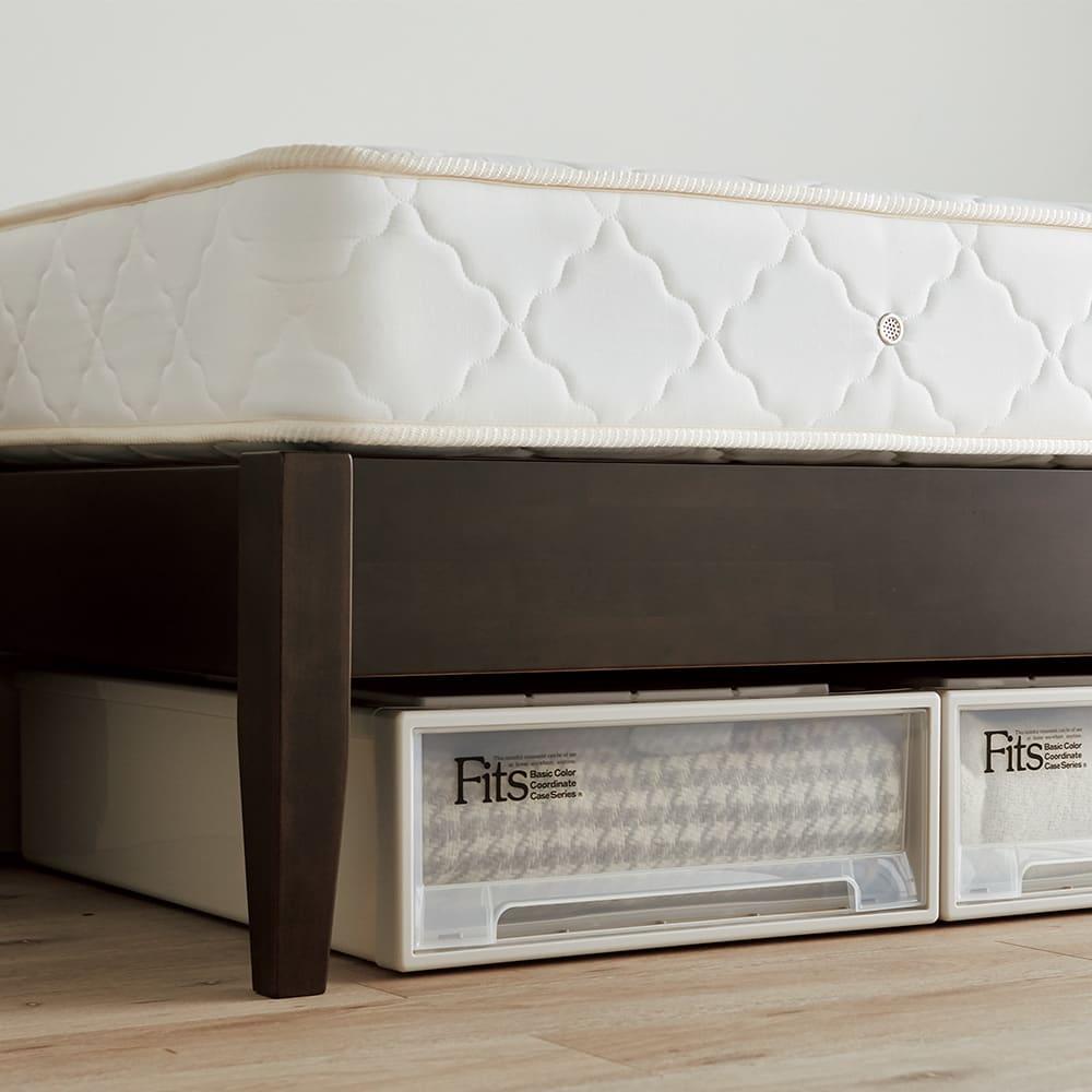 国産ボンネルマットレスベッド 長さ185cm(マットレス170cm) ベッド下に高さ18cmのFitsケースが収まります。