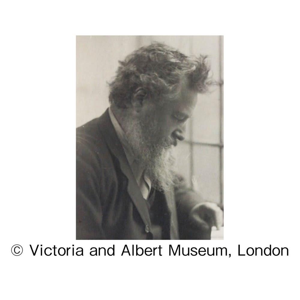 V&Aこたつシリーズ〈いちご泥棒〉 ラウンドクッション径90cm ウィリアム・モリス(1834~1896) 美しい自然モチーフで知られ、「モダンデザインの父」ともいわれるヴィクトリア朝時代の英国工芸美術家であり、思想家。 (C)Victoria and Albert Museum, London