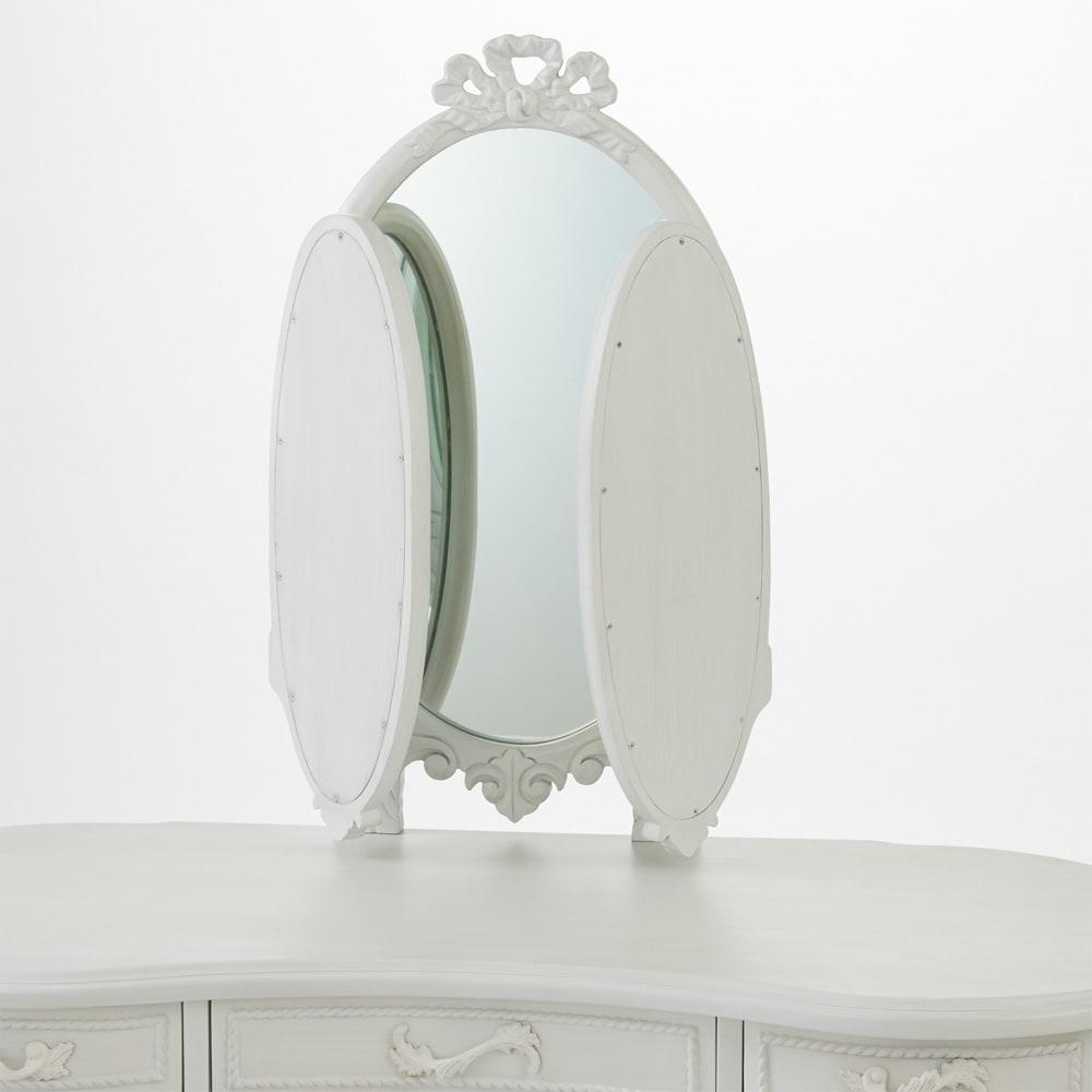 シャビーシック ホワイト フレンチ収納家具シリーズ ドレッサー 丸みを帯びた三面鏡は、折りたたみ可能です。