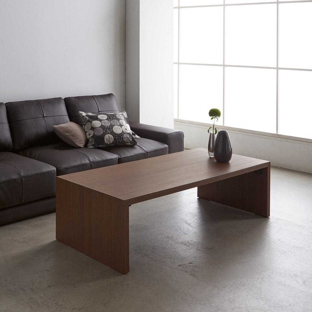 折りたたみできるスマートスタイルテーブル 89×44cm コーディネート例(イ)ダークブラウン(木目) ※写真は120×59cmタイプです。