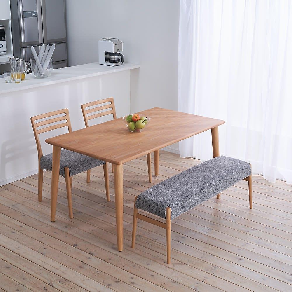 布団のいらないこたつダイニング こたつテーブル・幅140cm (ア)ナチュラル コーディネート例 ※お届けは「ダイニングこたつテーブル幅140cm」のみです。チェア・ベンチは別売りです。