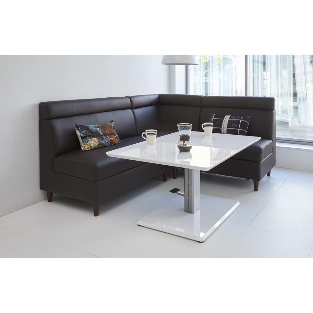 リビングダイニング兼用 昇降式テーブル 幅120奥行80 使用イメージ(イ)ホワイト ※お届けは昇降式テーブルです。