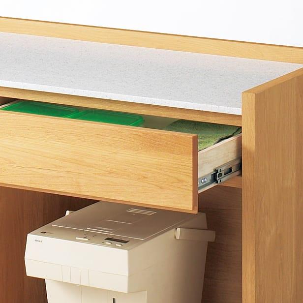アルダー天然木人工大理石トップ 間仕切り家電収納キッチンカウンター 幅144cm 引き出し全段にストッパー付きスライドレールを採用。奥まで引き出せます。 ■引出し1杯の耐荷重:約10kg