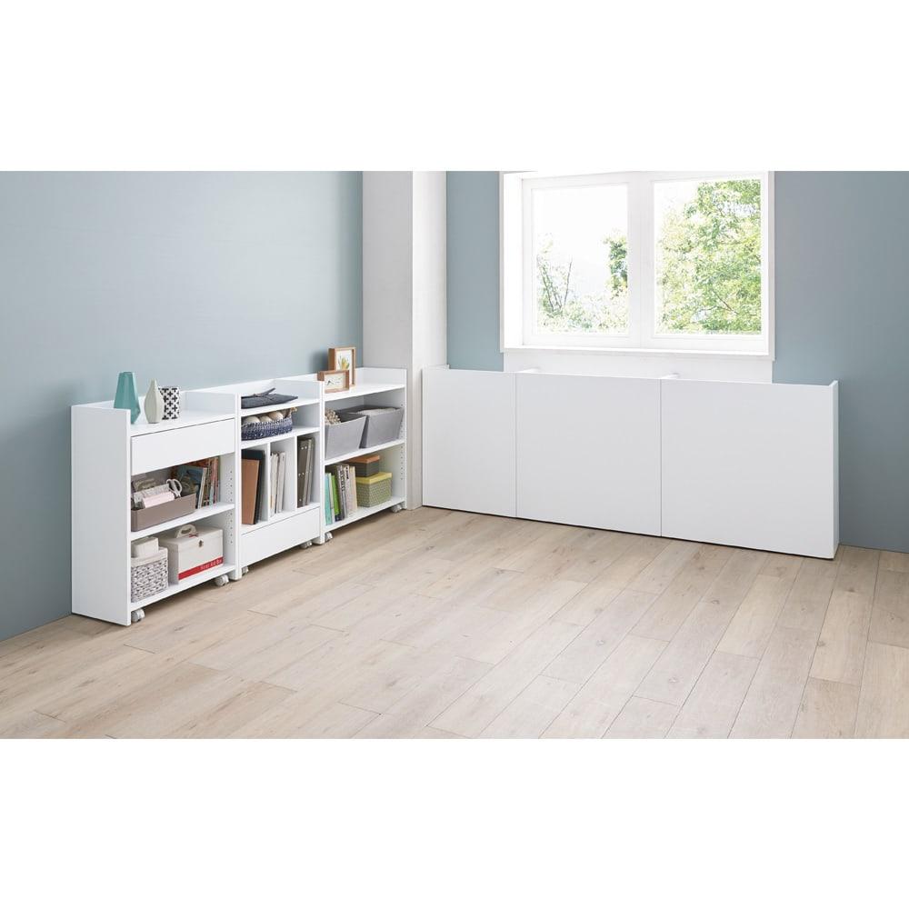 隠せるカウンター下収納 棚タイプ 幅59高さ80cm コーディネート例(イ)ホワイト 見せて、隠して、お部屋の表情を自在に演出。