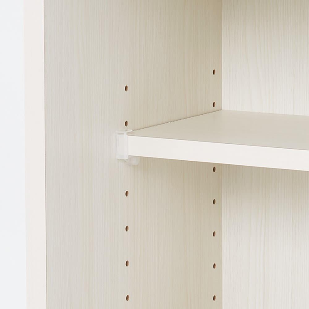 光沢木目が美しい引き戸式カウンター下収納 収納庫幅90cm 可動棚は3cm間隔で高さ調節できます。